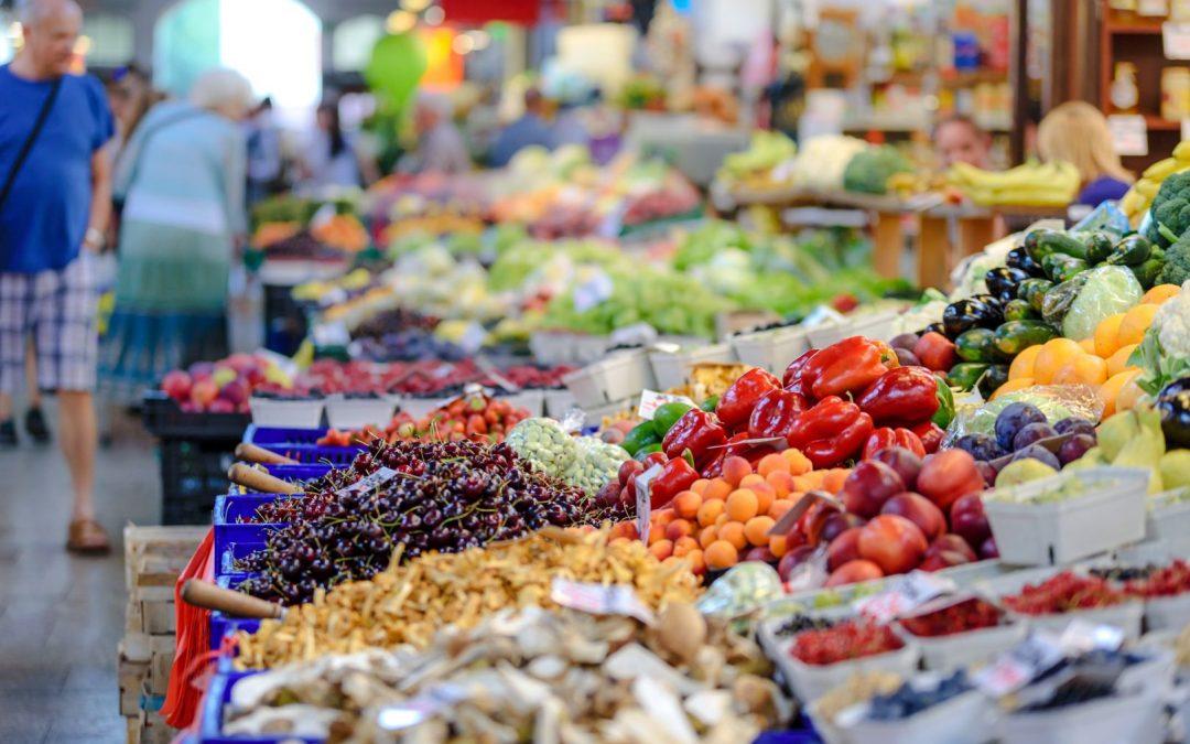 Σκεφτόμαστε συνειδητά, καταναλώνουμε υπεύθυνα: 5 tips για βιώσιμη κατανάλωση